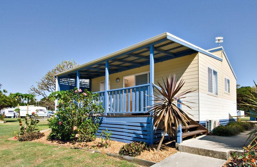 Tweed-Coast-Holiday-Parks-Pottsville-South-Pelican-Cabin-before